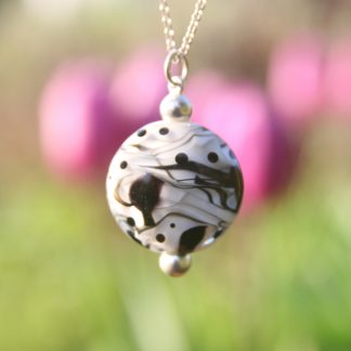 pendentif bijoux Murano Pushi artisan perle de verre laurence subbiotto